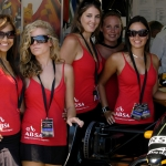 Pitlane_girls_2.jpg