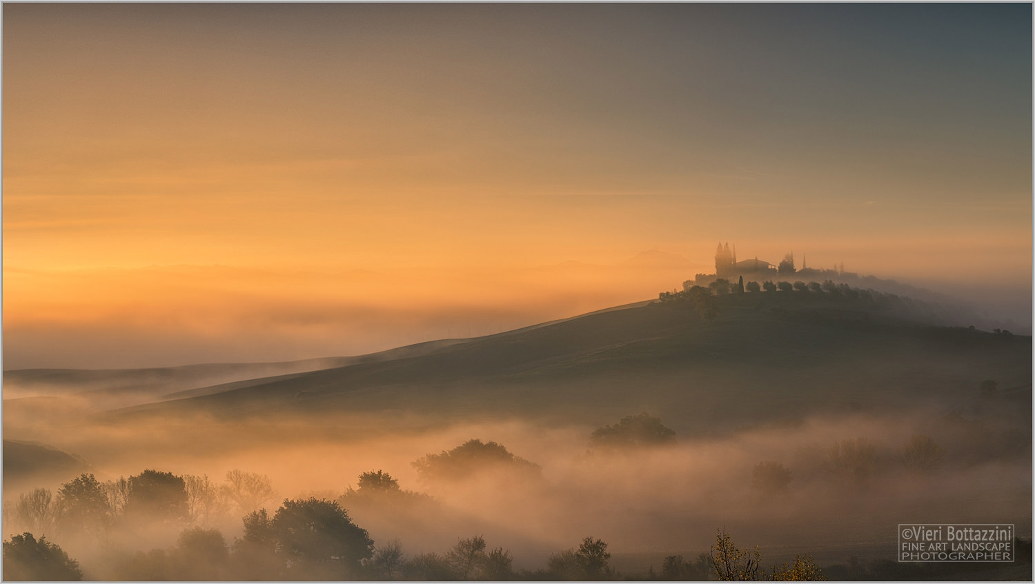 A magic Tuscan sunrise