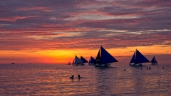 GH3 captures a sunset in Boracay.