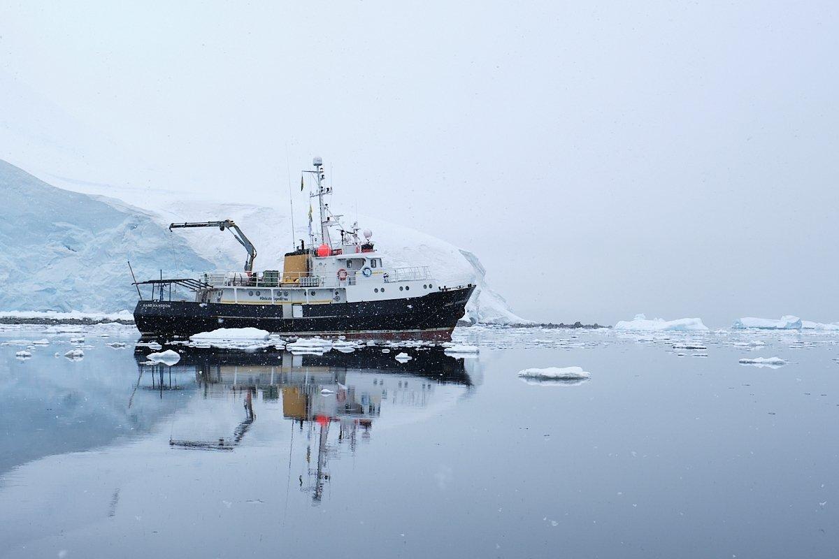 20190120_Antarctica_1035_C1.jpg