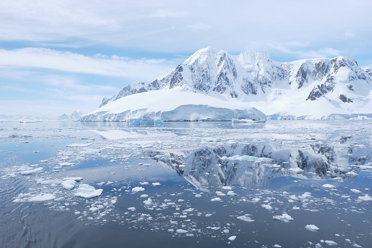 20190122_Antarctica_2701_C1.jpg