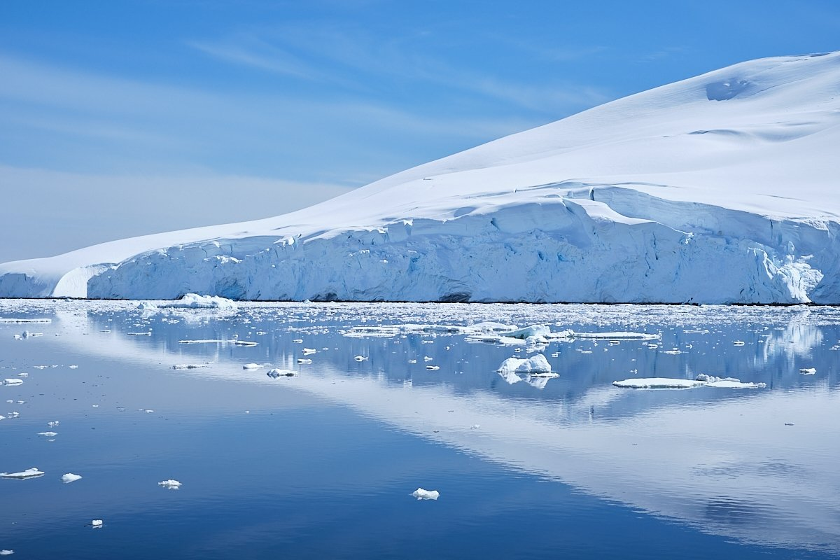 20190122_Antarctica_2788_C1.jpg