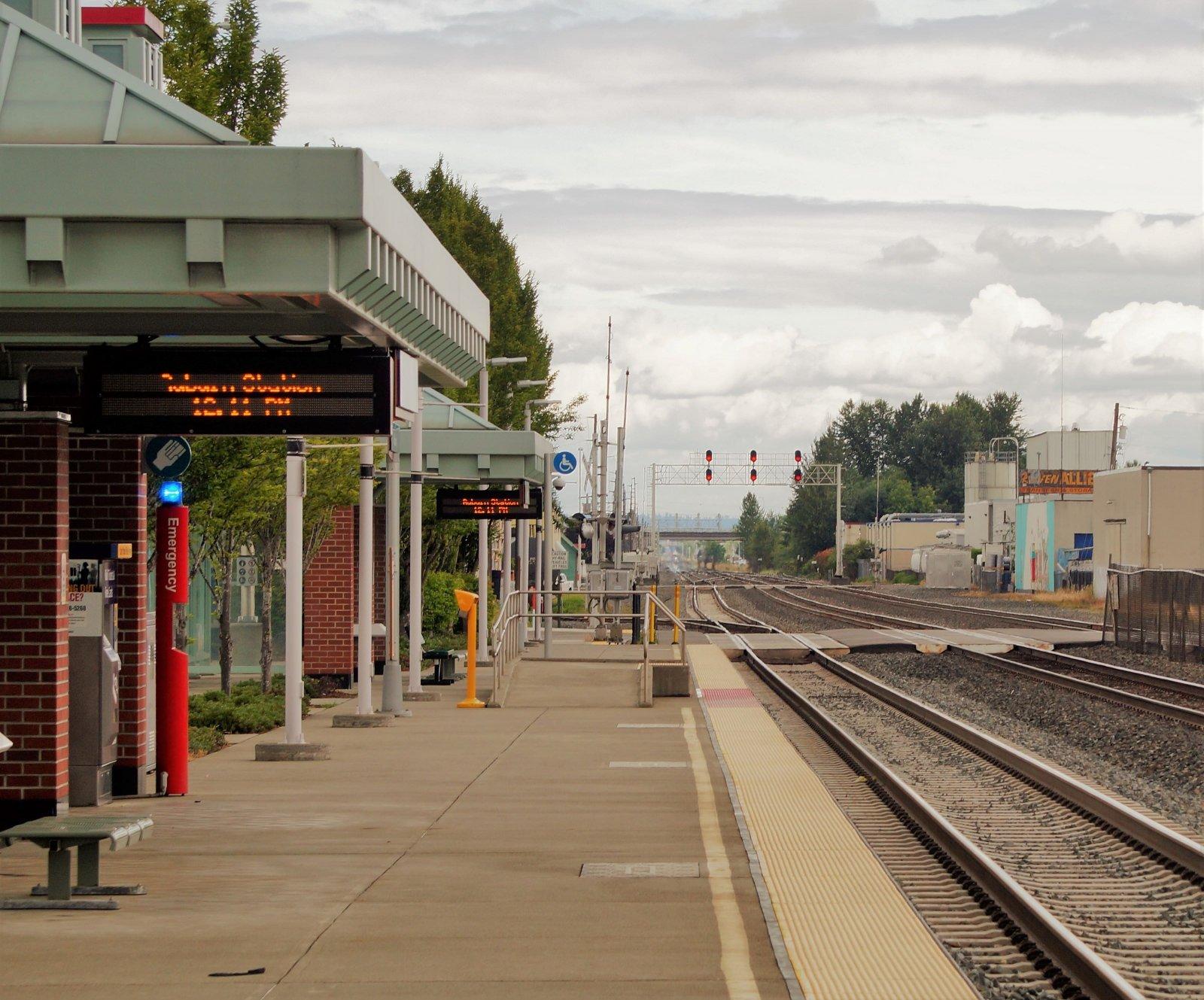 Train Platform L.JPG