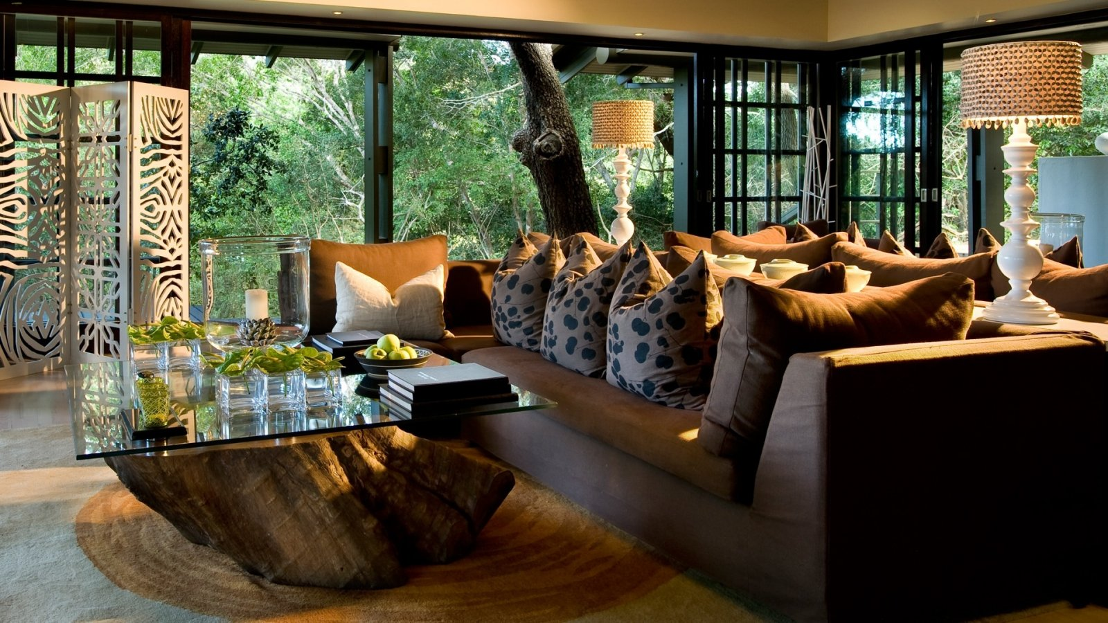 guest-area-at-andbeyond-phinda-forest-lodge-on-a-luxury-safari-in-south-africa.jpg