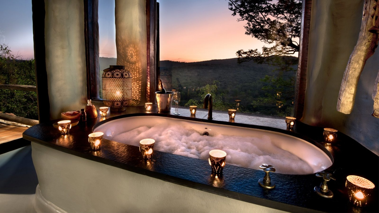 phinda-rock-lodge-guest-bath-luxury-safari-south-africa.jpg